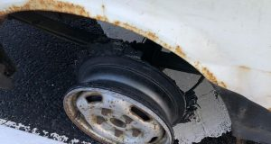 No tyre on car